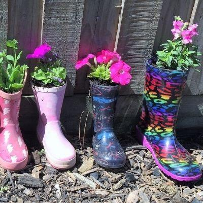How to Make Gumboot Planters